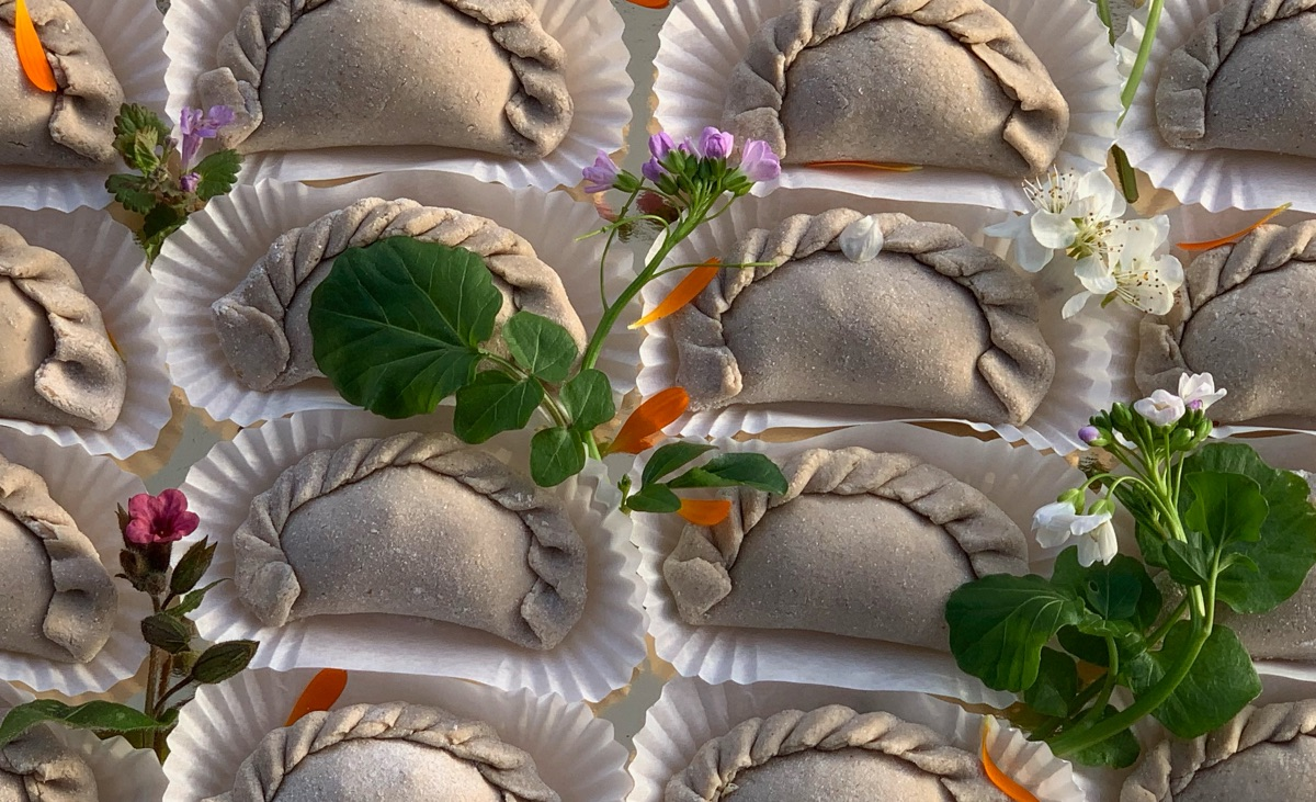 Raviolis sarrasin aux plantes sauvages : ingrédients lot par lot